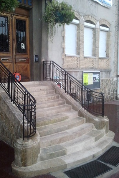 Escalier Mairie de Brou
