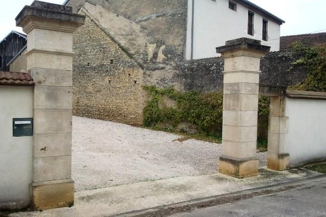 piliers couronnements de piliers en pierre de bourgogne